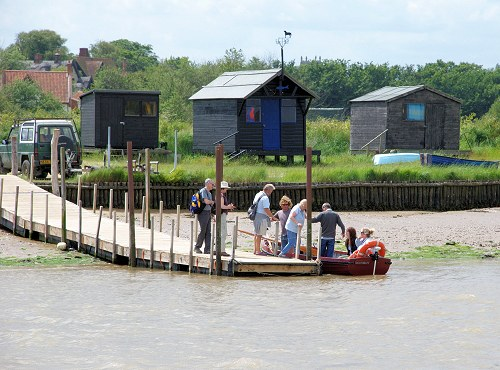 The ferry departing from Walberswick jetty