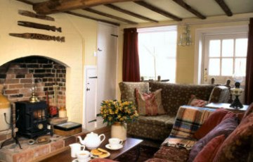 Penny's Cottage has two double bedrooms and is located in the heart of Walberswick.
